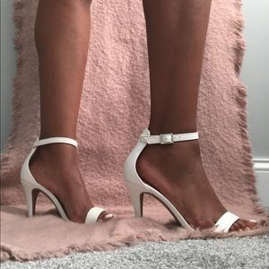 material girl comfy white heels for every outfit!
